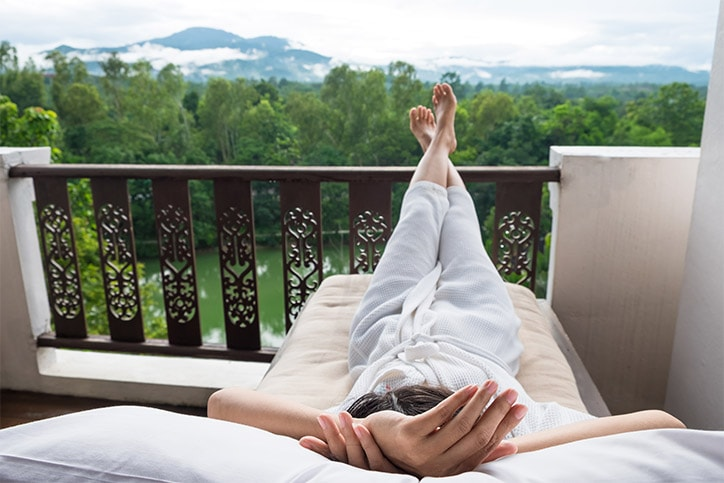 Rest And Relax In 24 Hours After Tooth Extraction